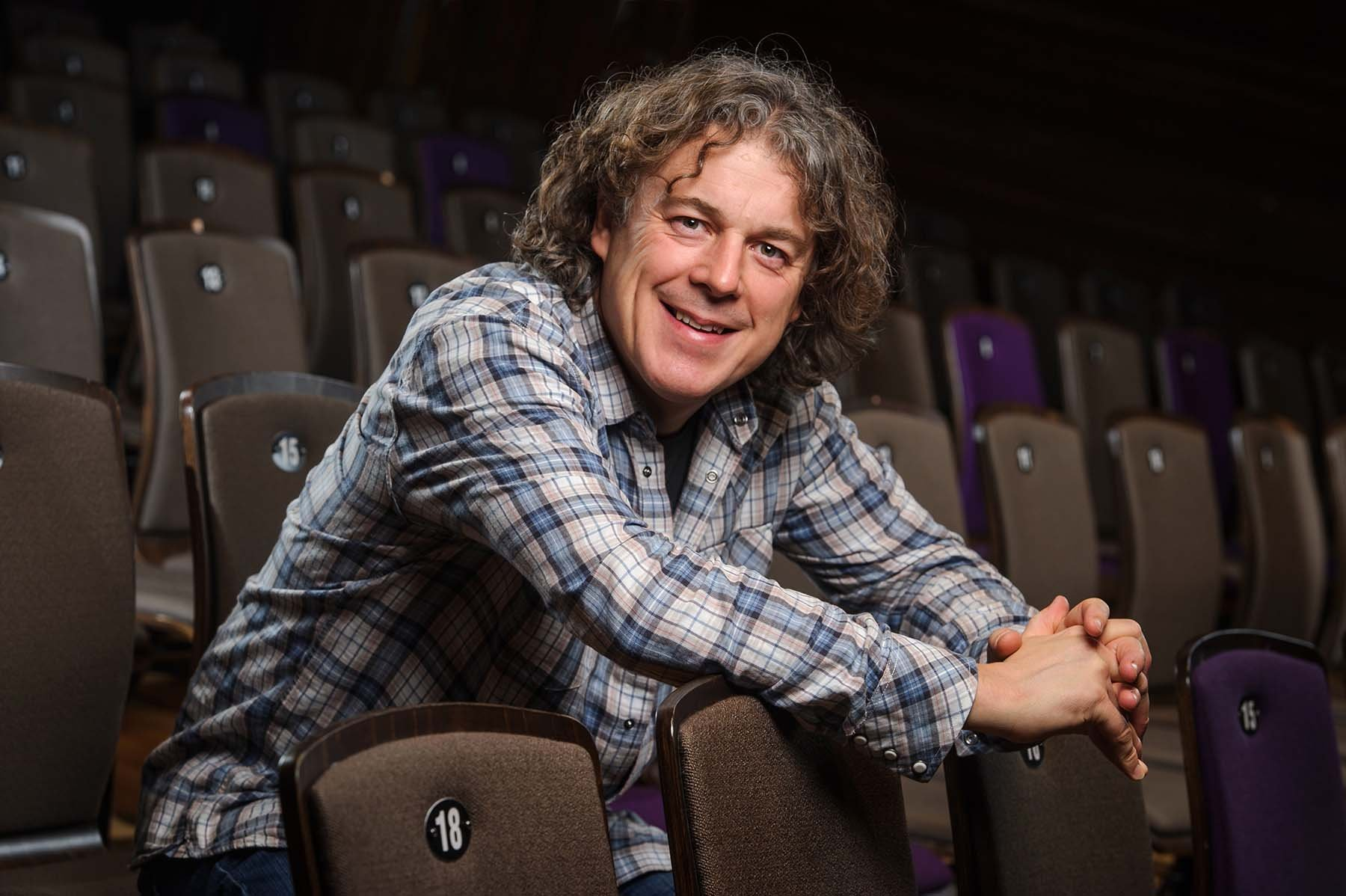 British actor and comedian, Alan Davies.
